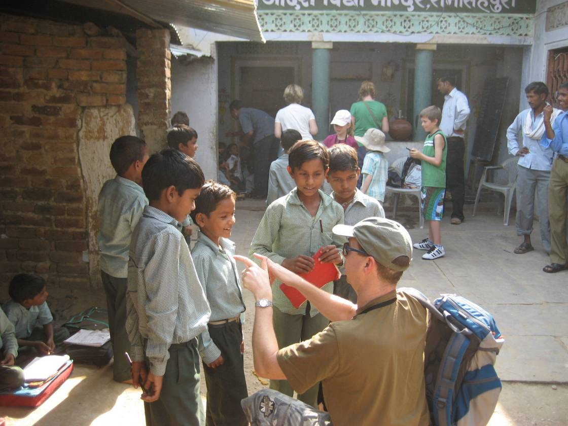 Group members interacting with school kids at Ranthambhore